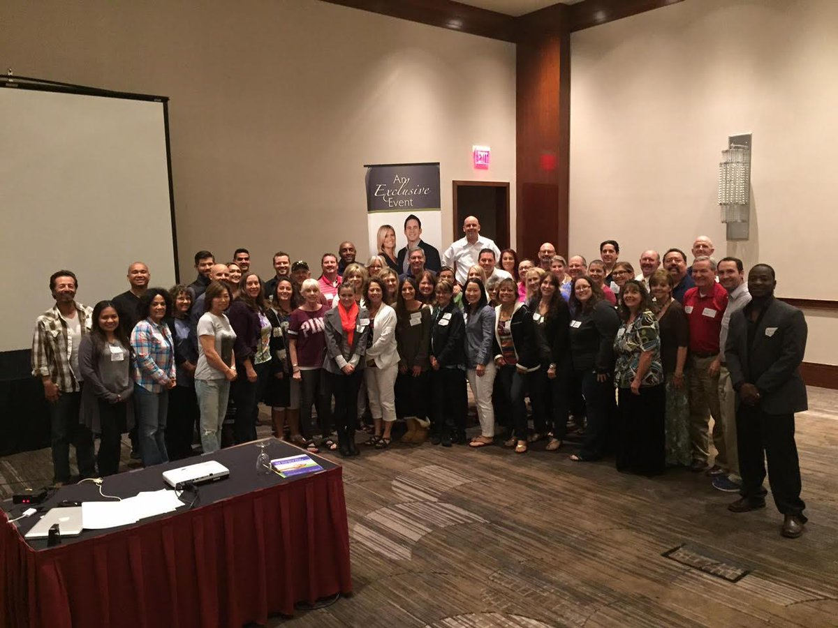 AWESOME Group of Success Path Students in Las Vegas!!! You all are Freaking Rock Stars!!! http://t.co/rv0t0abK3s