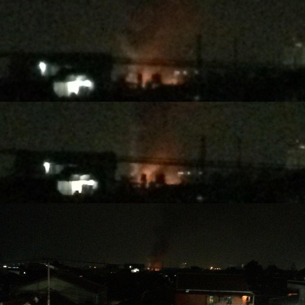 Kebakaran jalan industri @infocibeureum @infocimohay  @infobdg http://t.co/f5q6qPH3d1