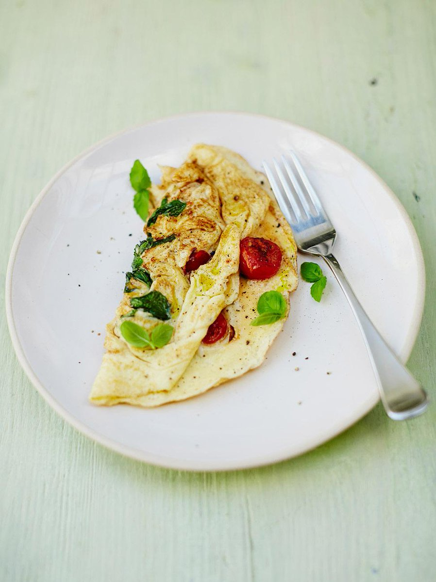 #Recipeoftheday Tomato & basil omelette. A super-quick meal for all the family #FamilyFood http://t.co/ZFX0mUlIOA http://t.co/VEtb9x1Re6