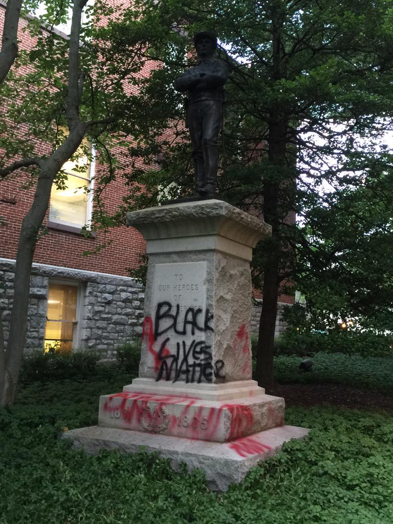 Confederate statue this morning in Rockville Maryland this morning #AllLivesMatter @MontgomeryCoMD http://t.co/RCHBZspKsN