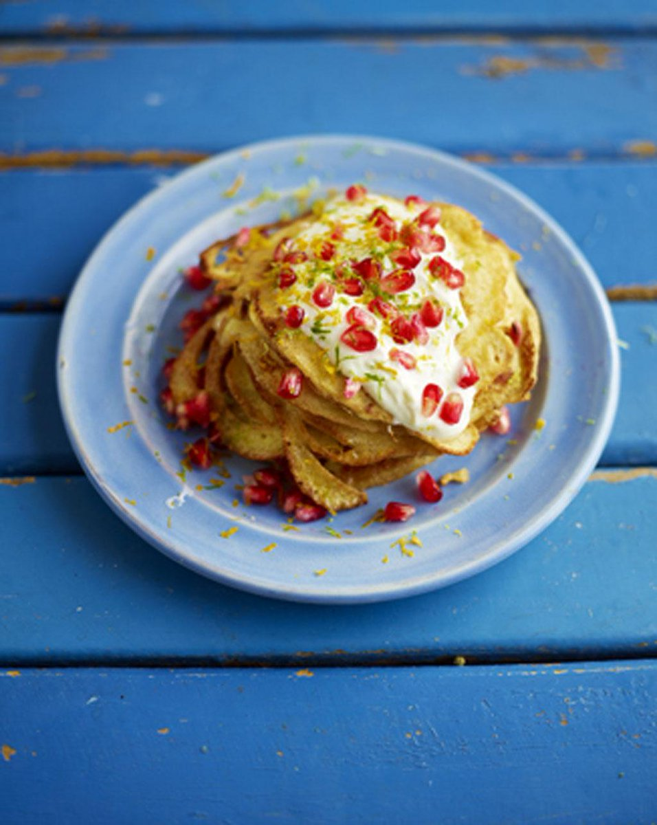 Happy weekend! #Recipeoftheday coconut pancakes, pomegranate jewels and a dollop of yoghurt  http://t.co/tVeir7dI7o http://t.co/YgP8kgX09w