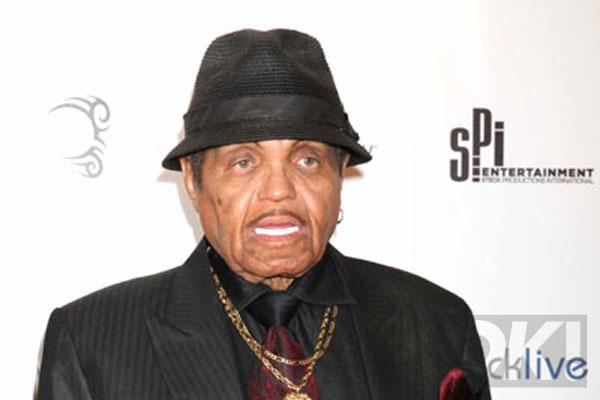 Michael Jackson's dad Joe 'in intensive care':