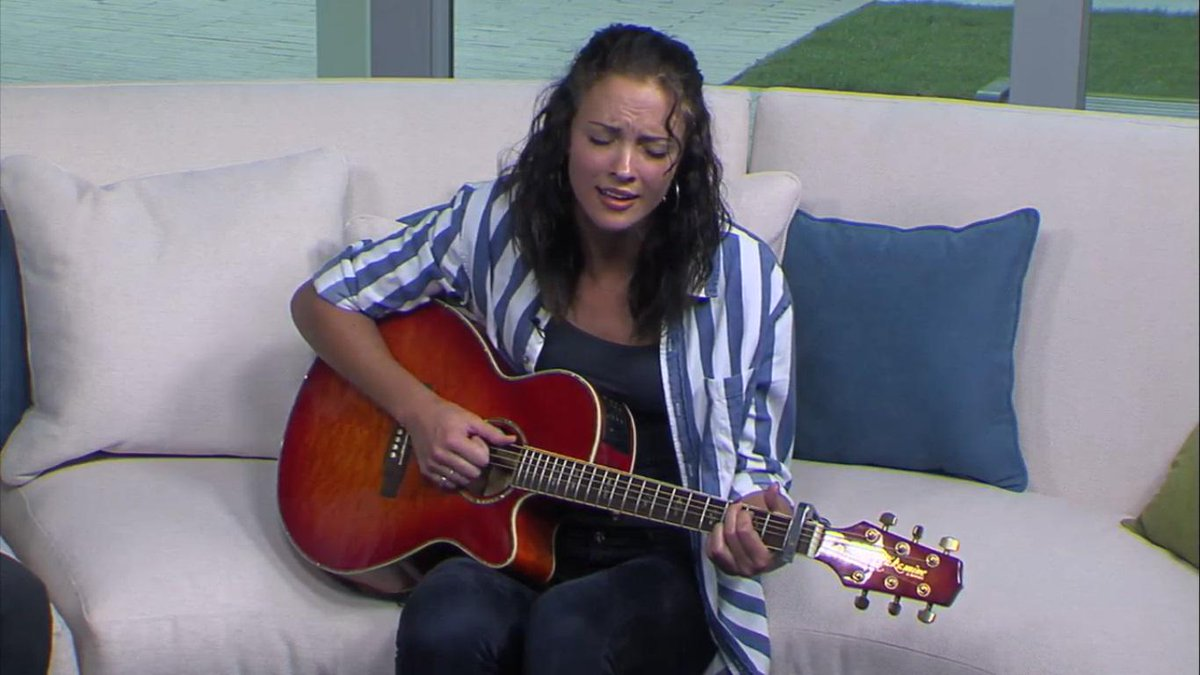 VIDEO: Madison Ward hit the set of the Oklahoman this weekend http://t.co/O9xYxuX3yD http://t.co/xantnPsTOM