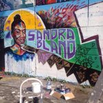 #SandraBland street art is popping up around the world and its beautiful. via @blakcollectiv http://t.co/QPlIpE03w6