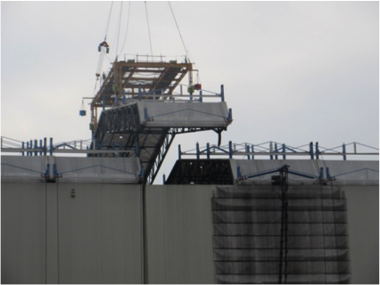 TEPCO has begun removing 6 roof panels from Unit 1 and is taking measures to ensure that contamination is contained http://t.co/ZZM7sfuKeD