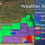 UPDATE: Severe tstorm WARNING for #YQR. Tornado WARNING continues in the southeast. #SKstorm #Sask http://t.co/eJSxuqglM4