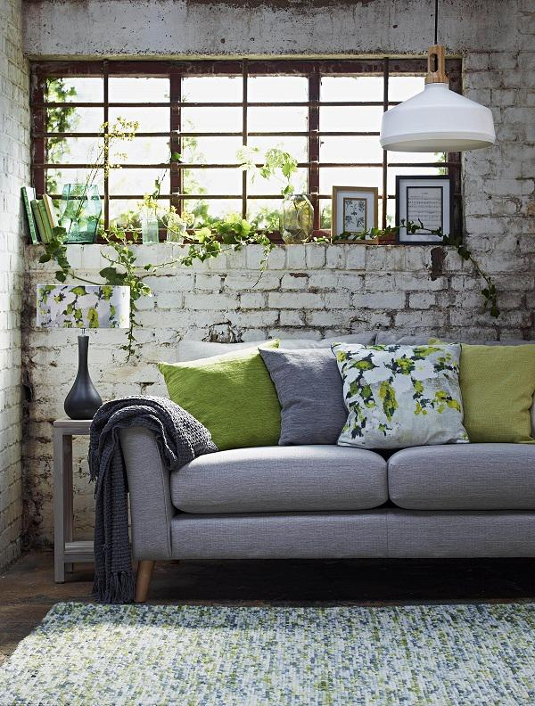There's nothing quite like a shot of citrus to pep up a tired looking room.  http://t.co/t4i7FBPssY @BHS_UK http://t.co/bnk17nQJjS