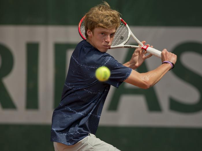 статья где тренируется теннисист андрей рублев