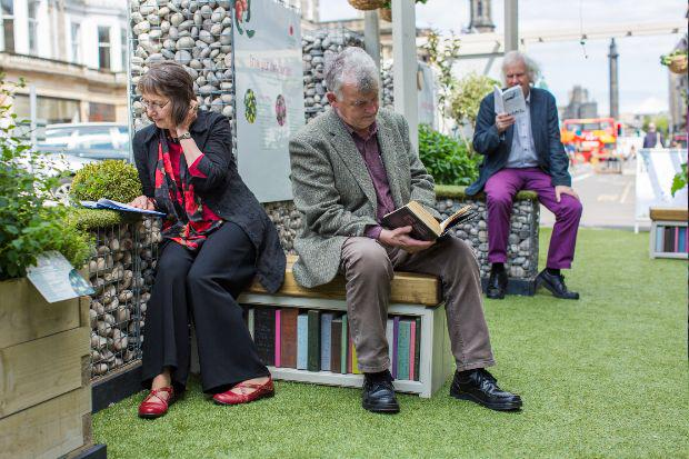 Edinburgh has new literary book benches on George Street. Try and spot your favourite titles! http://t.co/AZBBB6Ondo http://t.co/FJShlOK8S5