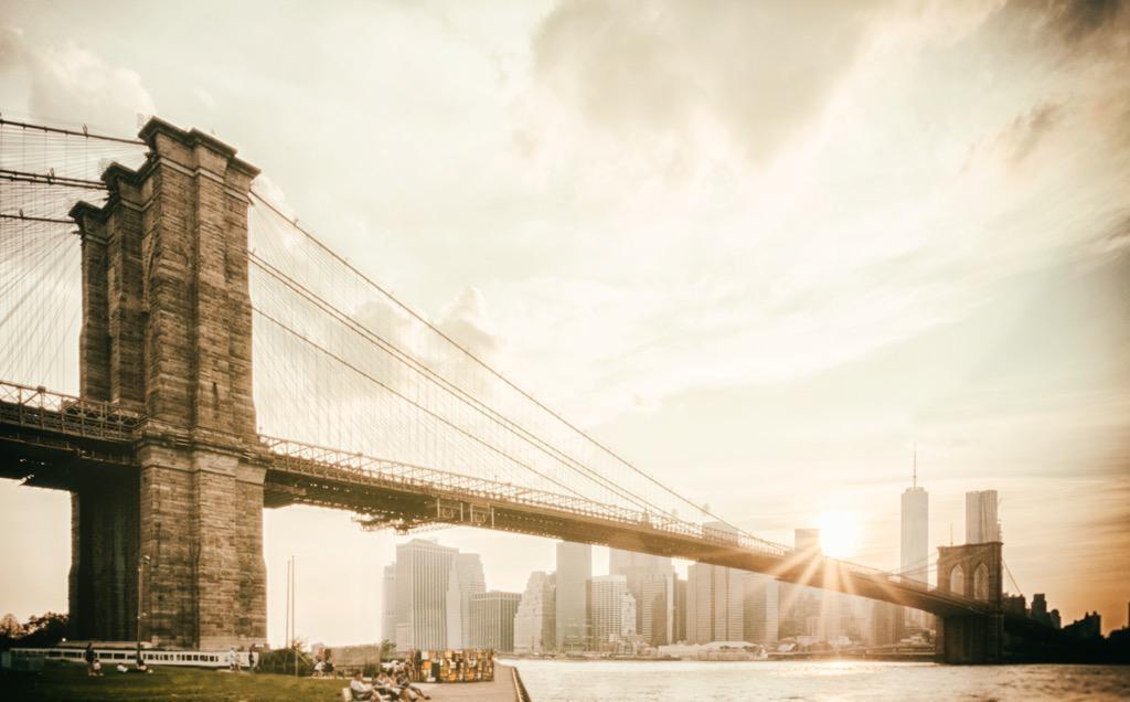 Brooklyn Bridge at sunset. Fuji X-T1. #Fuji #brooklynbridge http://t.co/WECKBRnmOE