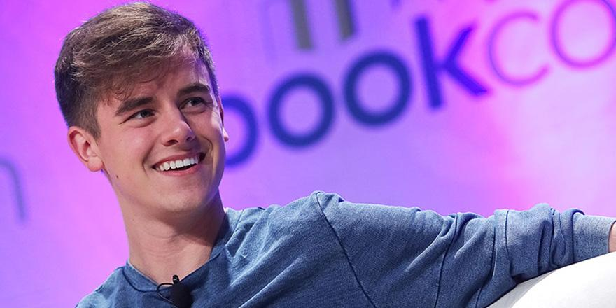 YouTube star @ConnorFranta is officially in the music business
