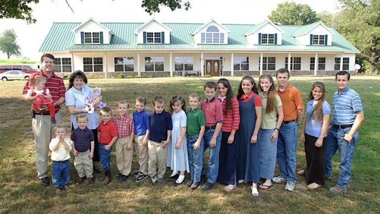 ICYMI TLC Cancels '19 Kids and Counting' Following Josh Duggar Scandal