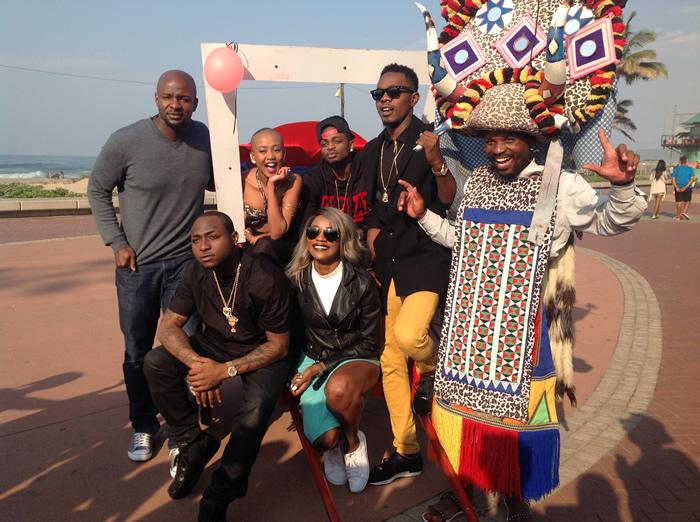interesting time yesterday with #MTVMAMA2015  peops @NoMoozlie @AlexOkosi @iam_Davido @yemialadee @patorankingfire http://t.co/NUPqfG0swB