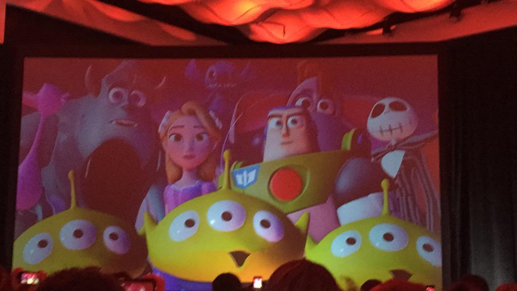 The trailer for #DisneyInfinity looks incredible #BBNYC http://t.co/E1FTRMmS0E