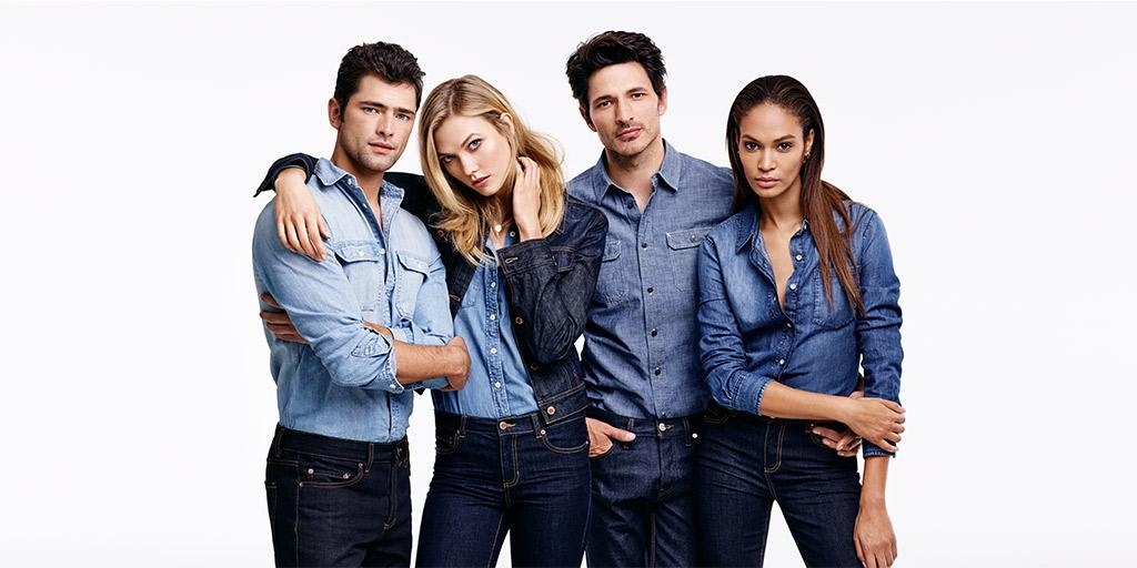 Fashion flash: A first look at our new fall campaign with @karliekloss, @joansmalls, @seanopry55 & @andresvelencoso. http://t.co/0xrDxpz19x