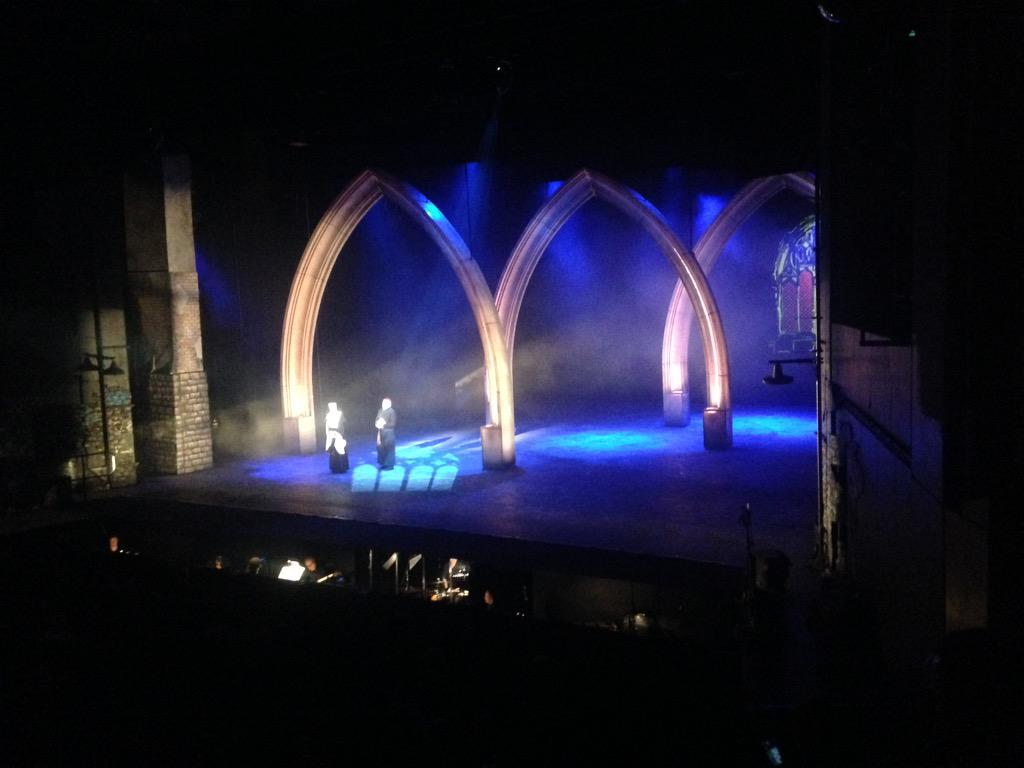 Loving the sets for #SisterActSA @joburgtheatre http://t.co/wLa843rx8S