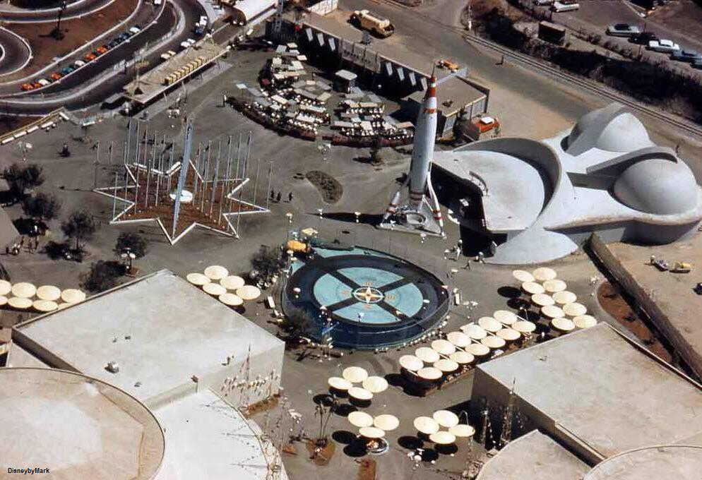 An extremely clear aerial view of 1955 Tomorrowland. http://t.co/iVUbsRWLX4