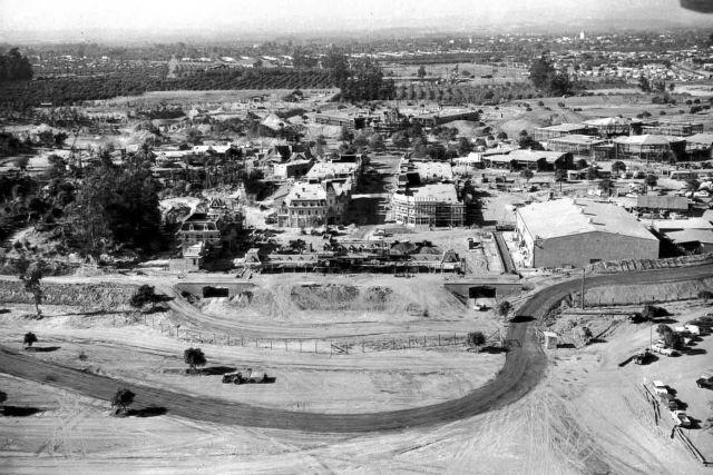 Not sure when this was taken, but I'm still amazed that all of Disneyland was built in a year. #Disneyland60 http://t.co/S6F7Cb3qMA