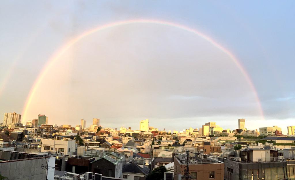 虹!!!虹!!!パノラマで撮った!! http://t.co/HctfV1h5TZ