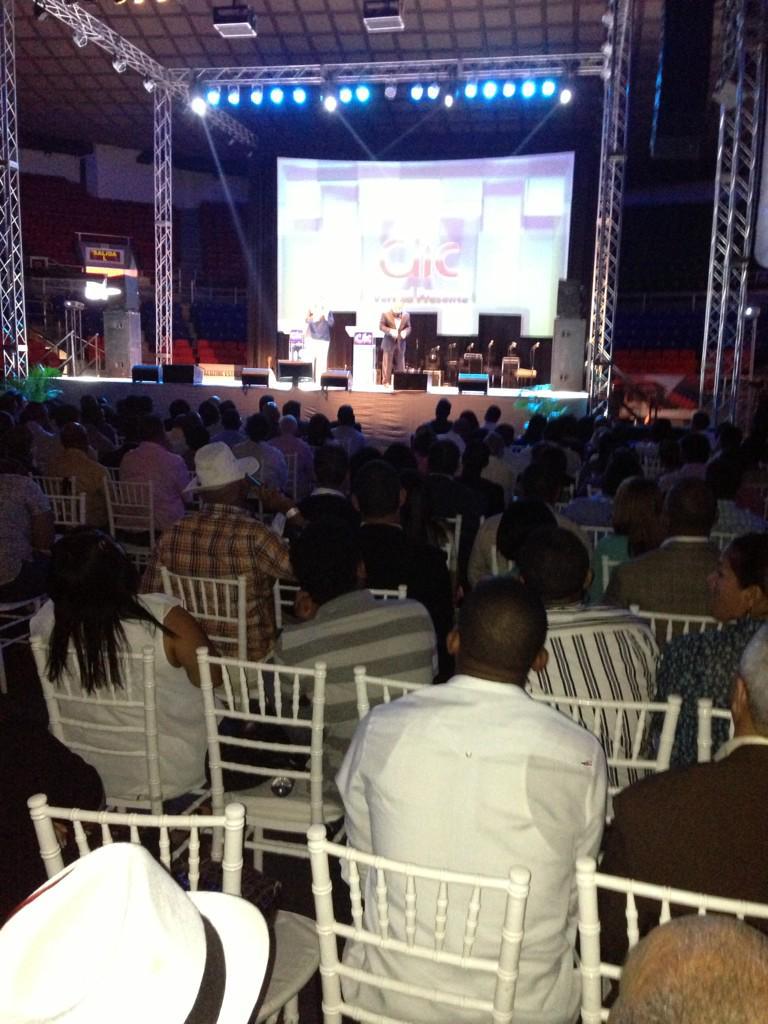 @apostolyasser @thamonaidoo @cumbreclicRD #VerdadPresente #CLIC2015 http://t.co/MgZox1PaV2