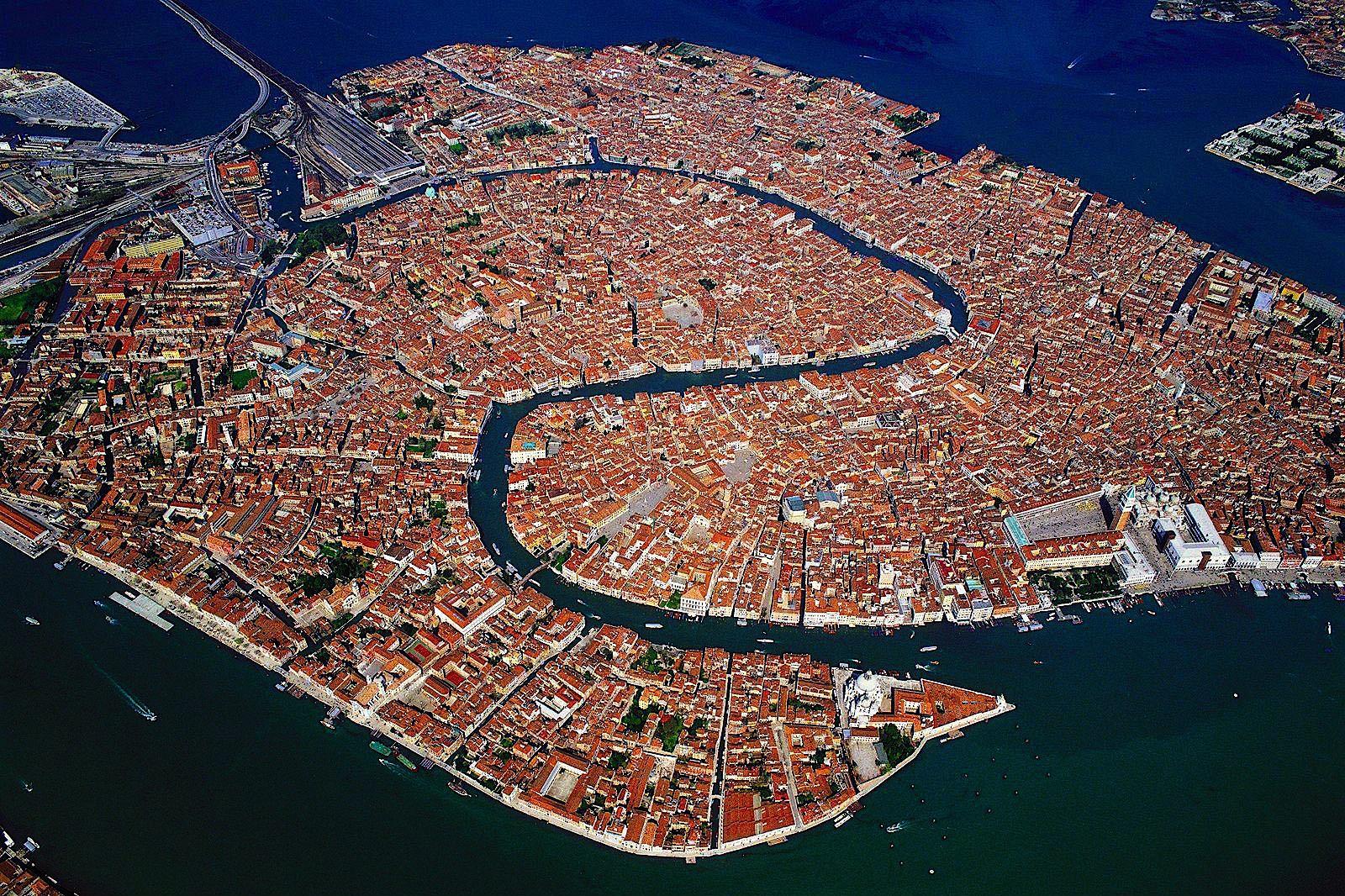 Venecia http://t.co/qiWpQdubXX