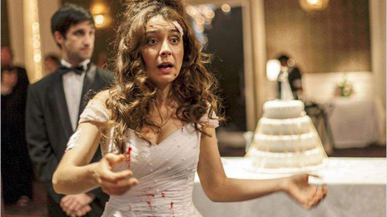 Mejor Actriz Erika Rivas por @rsalvajes_ok la mejor novia de la historia del cine http://t.co/t32FM09CLN #PLATINOTVE http://t.co/bhM8Kptxsr