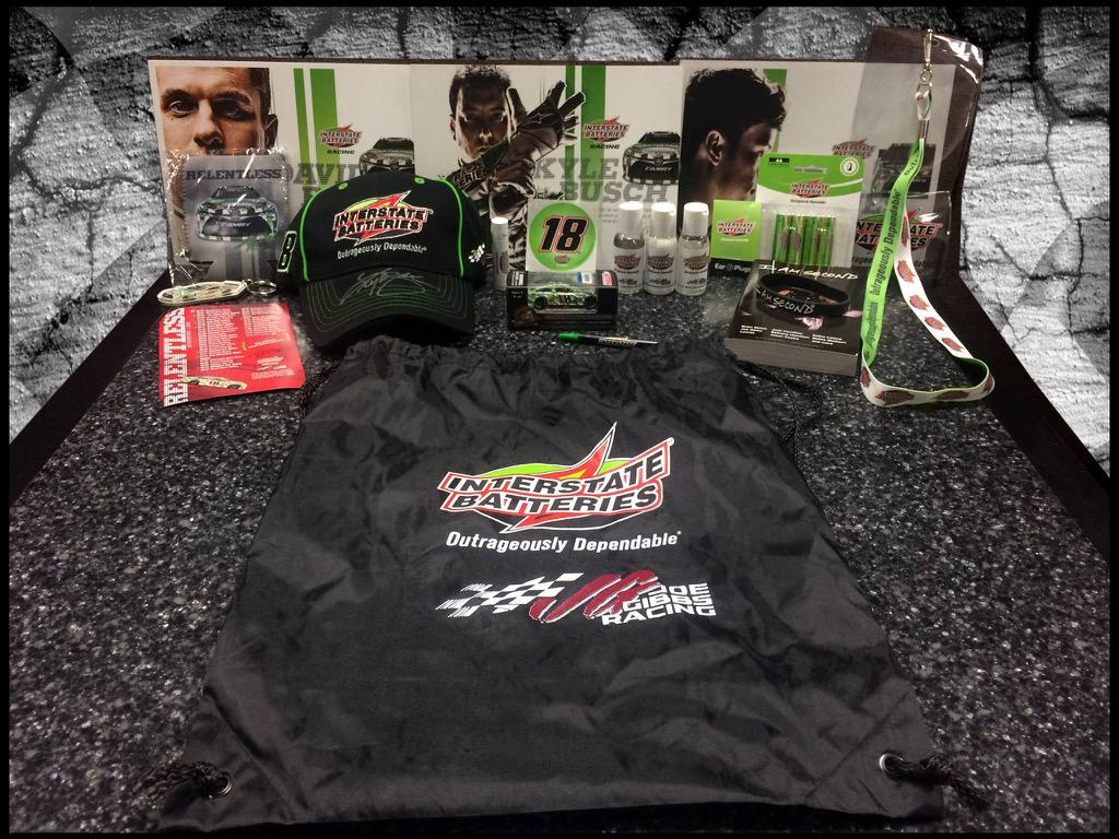 Let's kickoff race day with a #TeamInterstate giveaway! RT for your chance to win this @interstatebatts swag bag! http://t.co/KobvGjqZFy