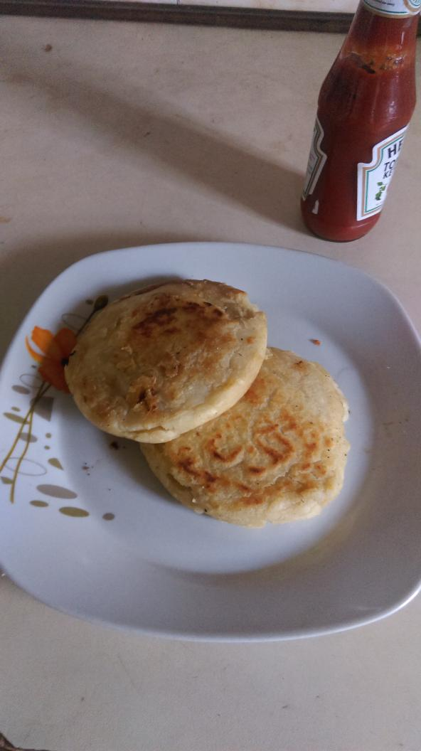 The famous stuffed yam pockets from @9jafoodie recipe on http://t.co/XazgFkXzDp served with ketchup #breakfaststory http://t.co/2J5DpRrpCF