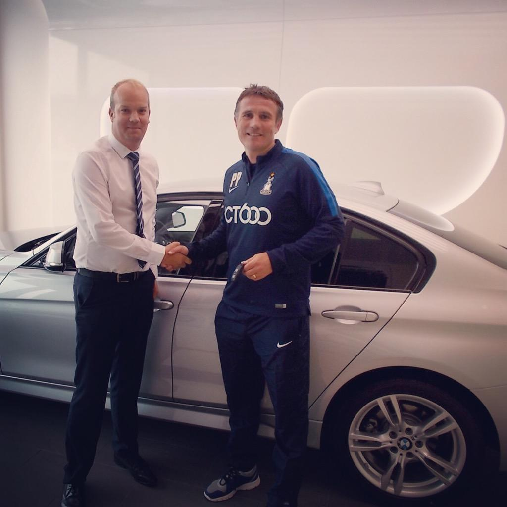 @officialbantams manager Phil Parkinson picked up his new BMW from us today! Enjoy the new car Phil! #bcafc #bantams http://t.co/DEnp3tzPoX