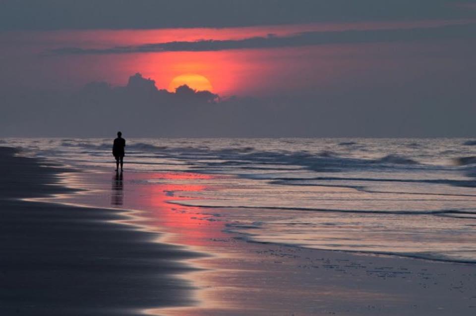 ♬ Beyond the Sea ♪ http://t.co/iyq5qFVpBE http://t.co/aHHmqqAbh9