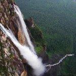 Венесуэл улсад орших дэлхийн хамгийн өндөр хүрхрээ болох Angel Fall нь 978м-ийн өндрөөс унадаг байна. #танин_мэдэхүй http://t.co/pctCjbrDwI