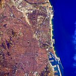 RT @StationCDRKelly: #GoodMorning #Barcelona, #Spain! Looking beautiful as usual from @Space_Station. #YearInSpace