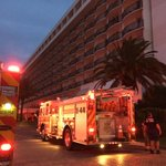 Fire at Clrwtr Bch Hilton forces evacuation of guests into darkness and rain. Fire Dept now allowing return. #WTSP http://t.co/dSUA1hLbtV