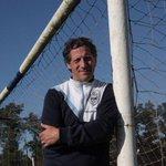 ¡Feliz cumple al Messi de La Plata! Gracias por estar siempre, te queremos de corazón @TroglioPedro #BuenMartes #GELP http://t.co/HJkMNgcUe7
