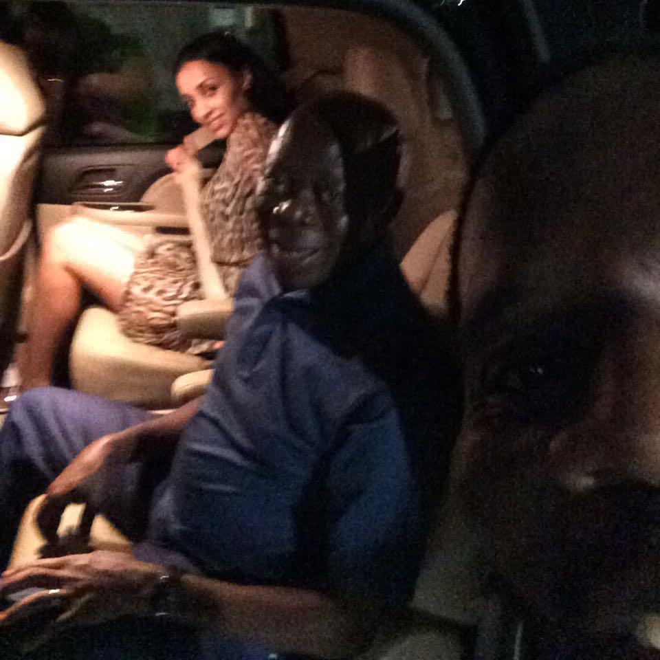 Bros took his wife with him to America for the Obama visit with Baba. Benin boys have been praying for him to travel http://t.co/1GJ71AHMVv