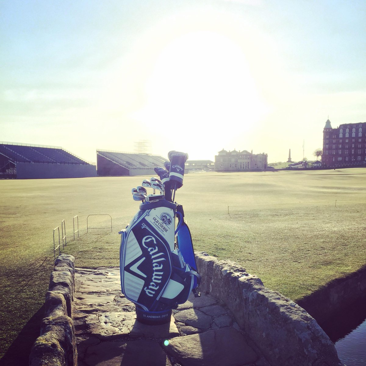 Just RETWEET & FOLLOW for your chance to win this bag, used by #TeamCallaway at the #TheOpen at #TheHomeOfGolf http://t.co/3Yv367NFji