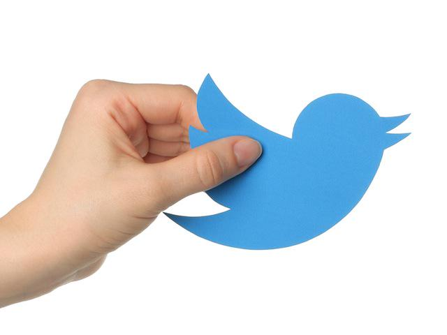 Here's Why Your #Twitter Background is Gone | http://t.co/U9oD8XmdZF http://t.co/XBVBhfy0Fg