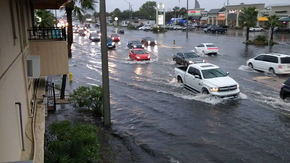 Image: flooding on 3rd street at 15th avenue north in # ...
