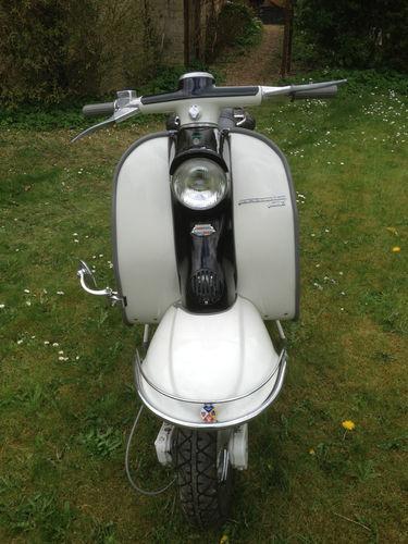 Need funds. Anyone want to buy my Lambretta Li125? Pls RT http://t.co/C5Vdf69rko