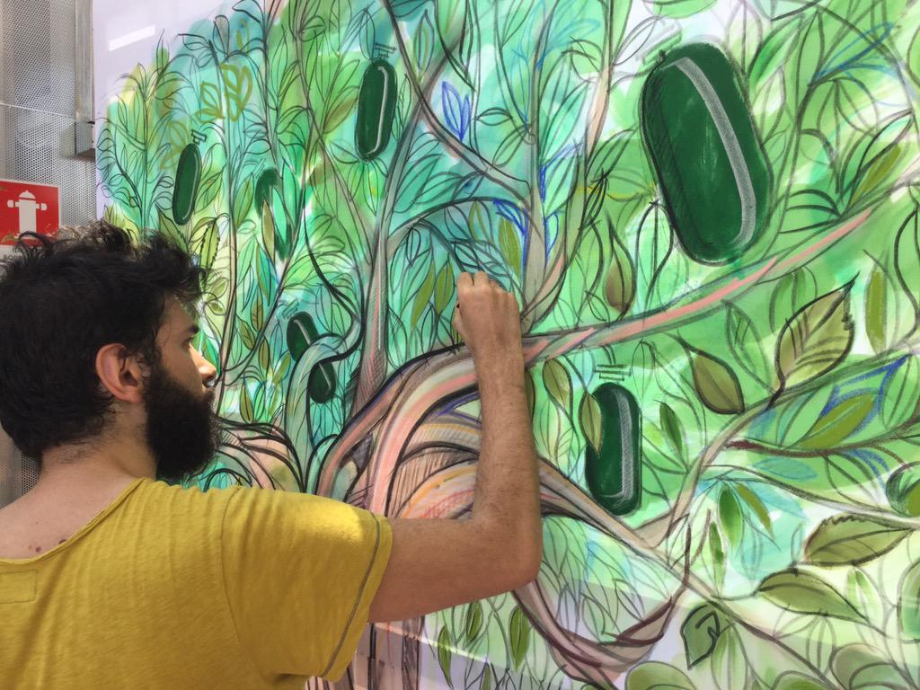 La sostenibilità nell'arte di #LuigiCiuffreda #sustainaBEERity2014 @CarlsbergItalia @BirraPoretti http://t.co/yqERmjMkVd