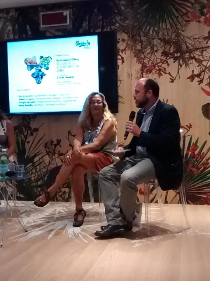 """Sostenibilità, """"forse @carlsbergitalia ha scelto la via più impegnativa"""" dice Zampetti @Legambiente. #sustainabeerity http://t.co/TPqtki462c"""