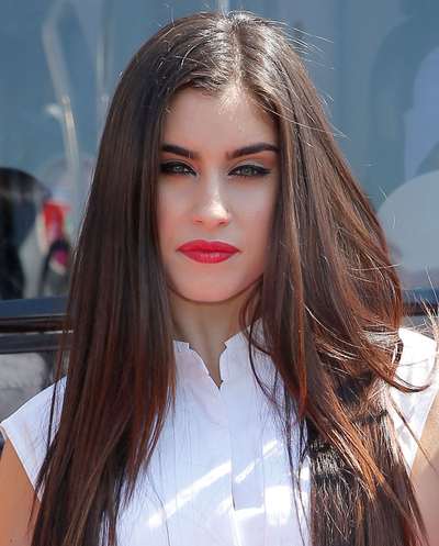 .@FifthHarmony's @LaurenJauregui is nominated for #Latina30under30! Vote now #Harmonizers: http://t.co/6a0CQKFlFS http://t.co/eCKcd32qrb