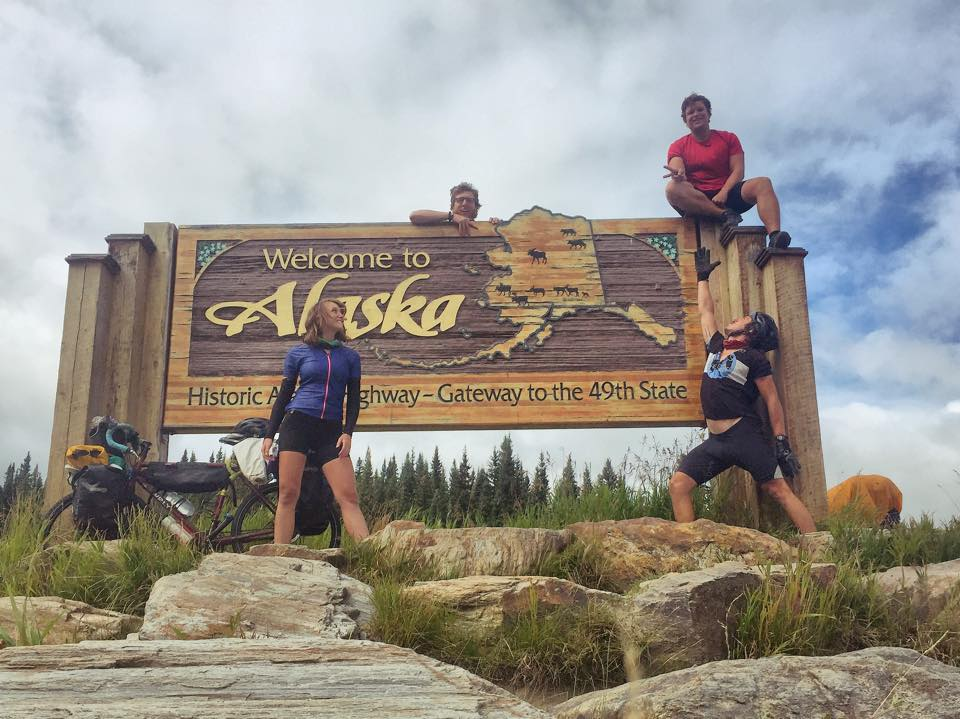 Shoutout to the @keystofreeze crew, they've made it to Alaska!  #DeadhorseOrBust #7KDown http://t.co/HSkISwwYlL
