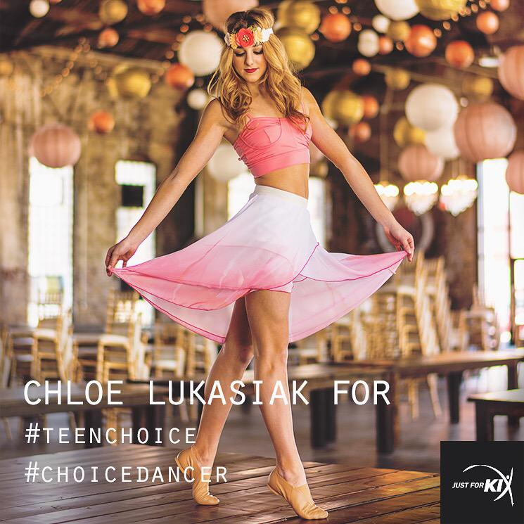 Only 3 days left to vote! Repost and use hashtags: #teenchoice #choicedancer @chloedancer3 http://t.co/64kM0JhPlg