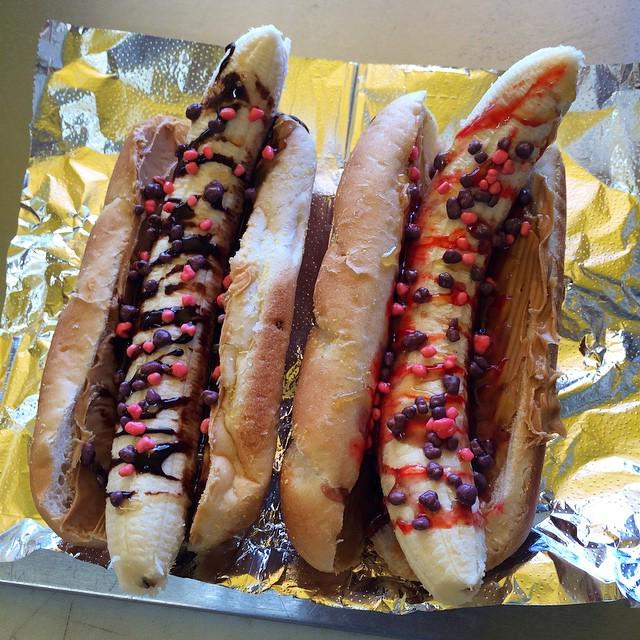 Dessert Dogs!!! New LDOH Special!!! We're switching out the dogs for Bananas and adding de… http://t.co/5tBeYGyF1m http://t.co/7Z5q207ePL
