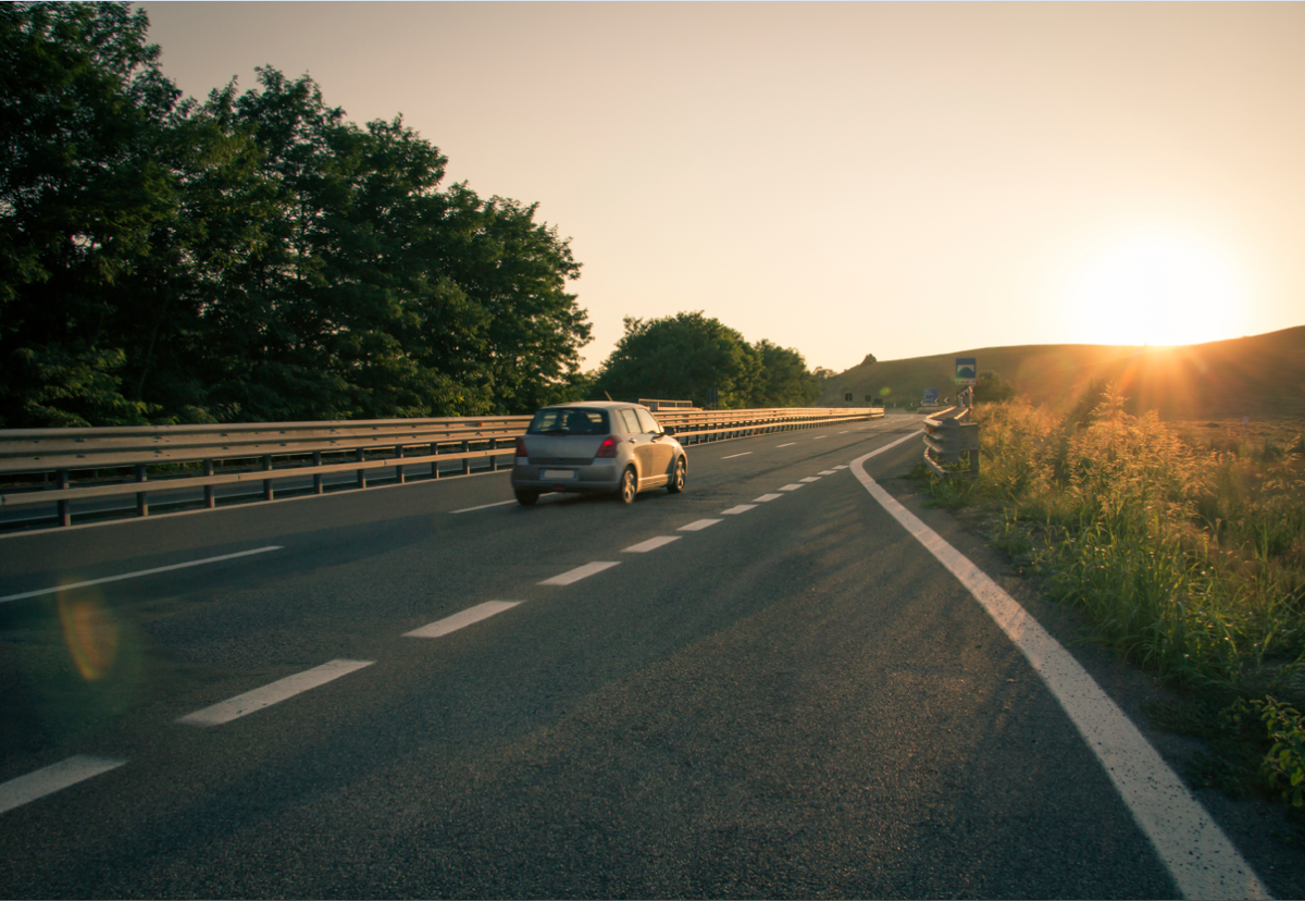 Follow our tips ahead of your summer holiday to make sure you stay safe on foreign roads http://t.co/hoaYgz5AG2 http://t.co/ZJsA22iajZ
