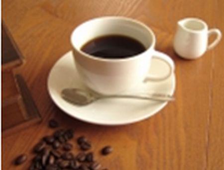 """海外のカフェで""""room for milk""""(ミルクの為の部屋?)と聞かれたら??http://t.co/7MLdvfb81C http://t.co/7Ml353NVaj"""