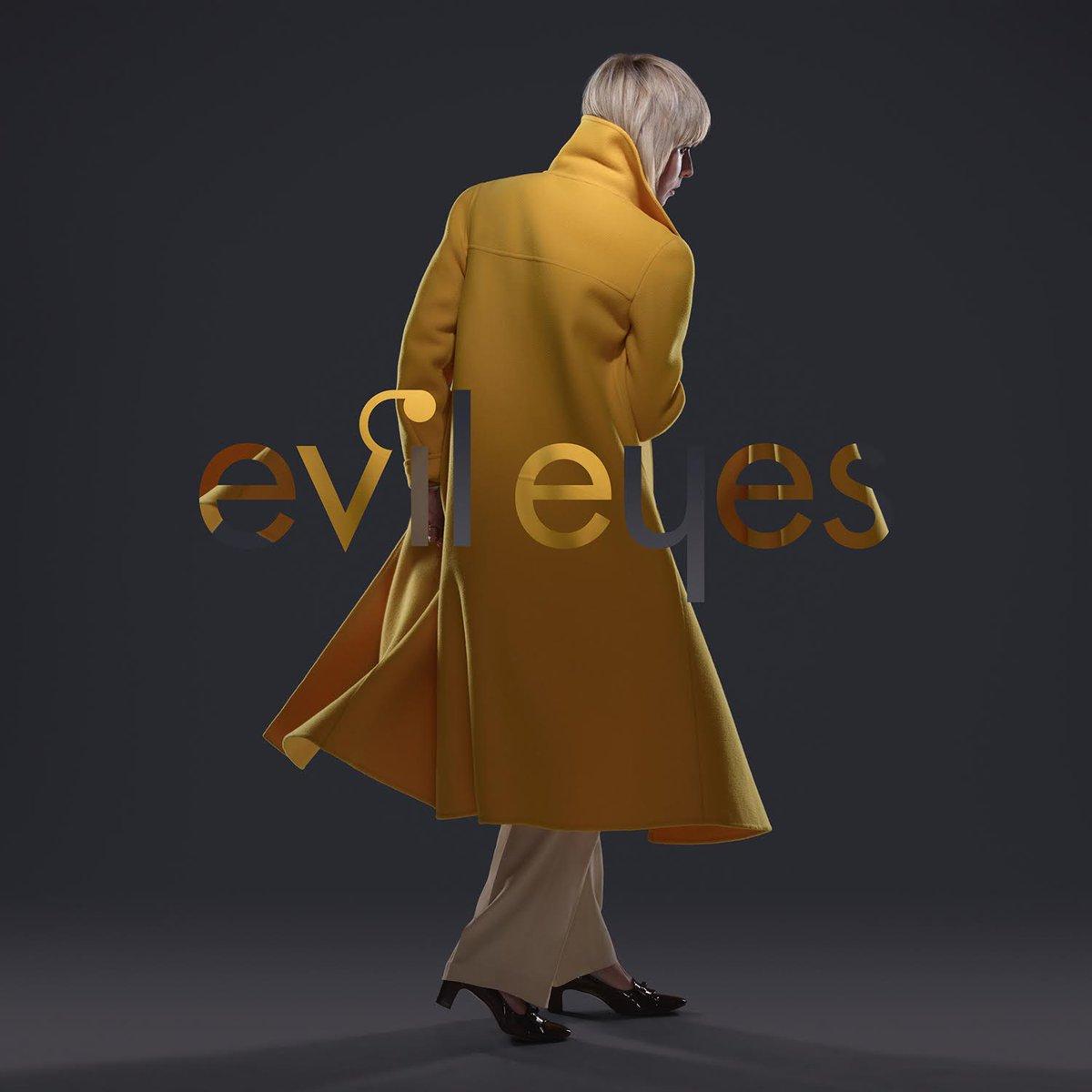 Róisín Murphy - Evil Eyes (Hercules & Love Affair Remix) http://t.co/huq5amCq0k @roisinmurphy @HerculesLA http://t.co/WWhxZxcAFW