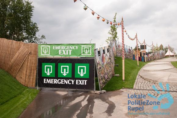 Do you know the emergency routes? #Tomorrowland http://t.co/LD6bPwZJJe