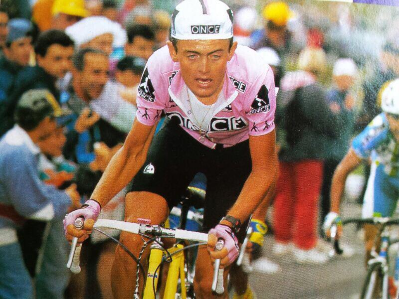 Siempre recordare subiendo La Croix de Fer a Mariano Rojas D.E.P Cuando sólo quedaban 1o ciclistas, los mejores, baja http://t.co/dPTAgaDmHy